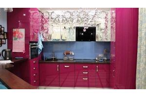 Кухня глянцевая п-образная - Мебельная фабрика «ИнтерМебельДизайн»
