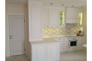Белая кухня Городская классика - Мебельная фабрика «Лига»