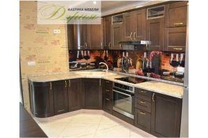 Кухня из массива Дери - Мебельная фабрика «Дэрия»