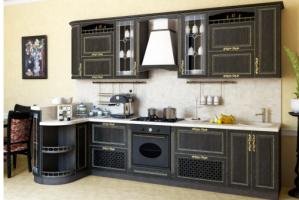 Кухня из массива Шервуд 5 - Мебельная фабрика «Элана»