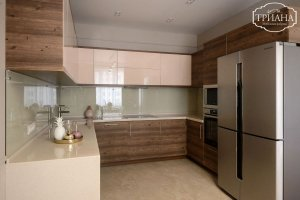 Кухня п-образная современная - Мебельная фабрика «Триана»