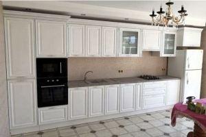 Кухня прямая белая классика - Мебельная фабрика «Омега»