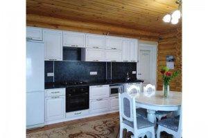 Кухня прямая МДФ с патиной - Мебельная фабрика «Таита»