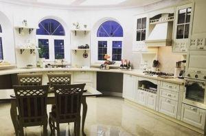 Кухня с эркером светлая - Мебельная фабрика «Мебель Хаус»