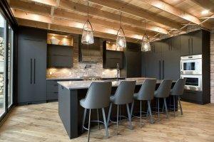 Кухня с фасадами Rehau черный мат - Мебельная фабрика «Евроньюформ»