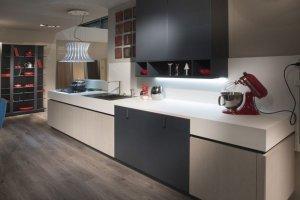 Кухня матовая с фасадами Rehau - Мебельная фабрика «Евроньюформ»