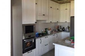 Кухня с фрезерованными фасадами - Мебельная фабрика «Авеста»