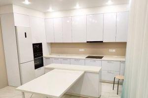 Кухня с островом - Мебельная фабрика «Гармония»