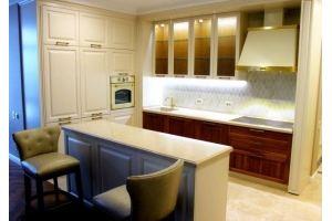 Кухня с островом Классика Валенсия - Мебельная фабрика «Rits»