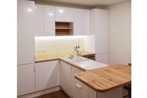 Кухня с полуостровом - Мебельная фабрика «Елиза»