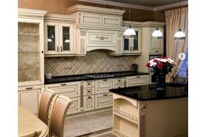 Кухня светлая с островом - Мебельная фабрика «Массив»
