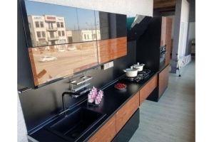 Кухня темная глянцевая - Мебельная фабрика «Формада»