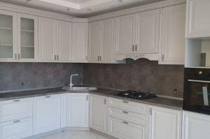 Кухня угловая белая классическая - Мебельная фабрика «Омега»