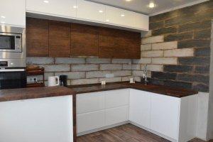 Кухня угловая глянцевая - Мебельная фабрика «SOVA»