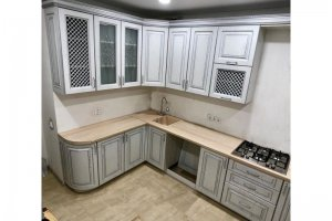 Кухня угловая Итальянка с патиной - Мебельная фабрика «Алмаз-мебель»