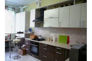 Кухня угловая с барной стойкой 14-208 - Мебельная фабрика «Святогор Мебель»