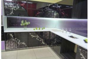 Кухня угловая с рисунком серебро - Мебельная фабрика «Мебель России»