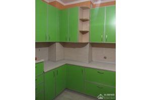 Кухня зеленая угловая Екатерина 07 - Мебельная фабрика «ОЛИМП»