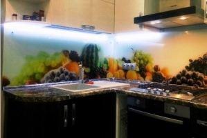 Кухонный фартук из стекла 9 - Оптовый поставщик комплектующих «Мир из стекла»