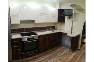 Кухонный гарнитур с барной стойкой - Мебельная фабрика «Меркурий»