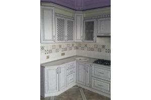Кухонный гарнитур с нанесением патины  серебро - Мебельная фабрика «Мебликон»
