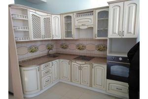 Кухонный гарнитур с нанесением патины/золото - Мебельная фабрика «Мебликон»