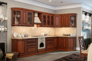 Кухонный гарнитур в классическом стиле с нанесением патины - Мебельная фабрика «КамиАл»