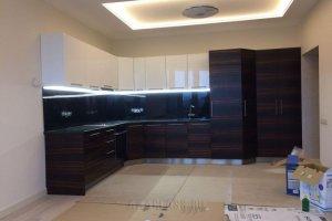 Кухонный угловой гарнитур с гранитной столешницей - Мебельная фабрика «ААА Классика»