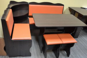 Кухонный уголок Миссия с полкой, венге темный, к/з оранжевый - Мебельная фабрика «Миссия»