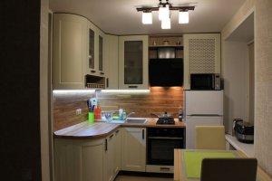 Маленькая угловая кухня - Мебельная фабрика «Виста»