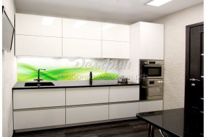 Минималистичная белая кухня со скрытыми ручками - Мебельная фабрика «Дельфин»