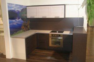 Небольшая п-образная кухня - Мебельная фабрика «Агата»
