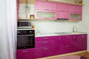 Небольшая прямая кухня - Мебельная фабрика «Lakma»