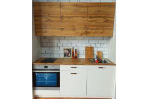 Небольшая прямая кухня - Мебельная фабрика «Лига»