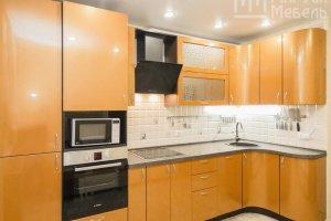 Оранжевая угловая кухня металлик - Мебельная фабрика «Маруся мебель»