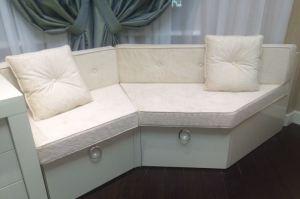 Оригинальный диван в эркерную зону - Мебельная фабрика «Элит-диван»