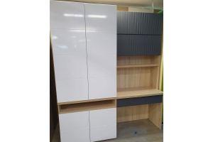 Письменный стол с распашным шкафом - Мебельная фабрика «Мебликон»
