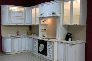 Кухня Пленка ПВХ белый глянец + золотая патина - Мебельная фабрика «Мебелькомплект»