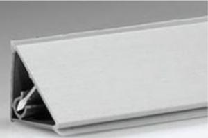 Плинтус гладкий алюминий Арт.62.04.1 - Оптовый поставщик комплектующих «Европа»
