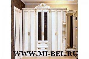 Прихожая светлая с патиной - Мебельная фабрика «Ми-Бель»