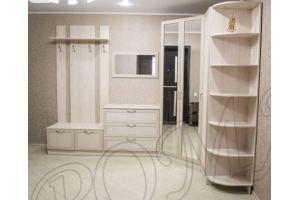 Прихожая угловая светлая с кожзамом - Мебельная фабрика «RoMari»