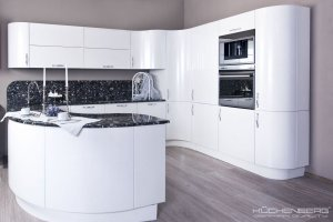 Радиусная угловая кухня LOFT KRISTALL - Мебельная фабрика «KUCHENBERG»