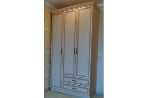 Распашной шкаф с ящиками - Мебельная фабрика «Мебельный стиль»