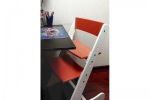 Растущий регулируемый стул Бело-оранжевый - Мебельная фабрика «КонЁк-ГорбунЁк»