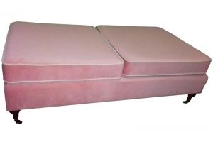 Розовая банкетка на ножках - Мебельная фабрика «Софт»
