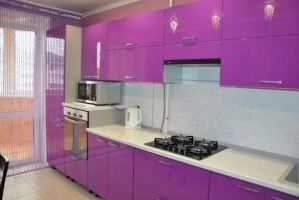 Розовая прямая кухня - Мебельная фабрика «Галант»