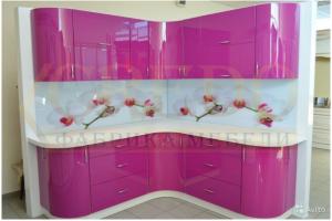 Розовая радиусная кухня - Мебельная фабрика «Кредо»