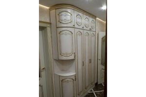 Шкаф распашной с патиной - Мебельная фабрика «Мебель Миру»