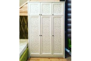Шкаф из массива сосны - Мебельная фабрика «Массив»