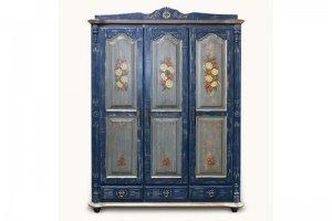 Шкаф из массива сосны - Мебельная фабрика «Грин Лайн»
